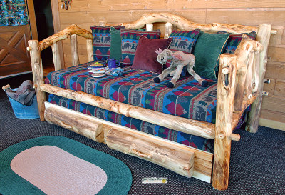 Daybed straight rails